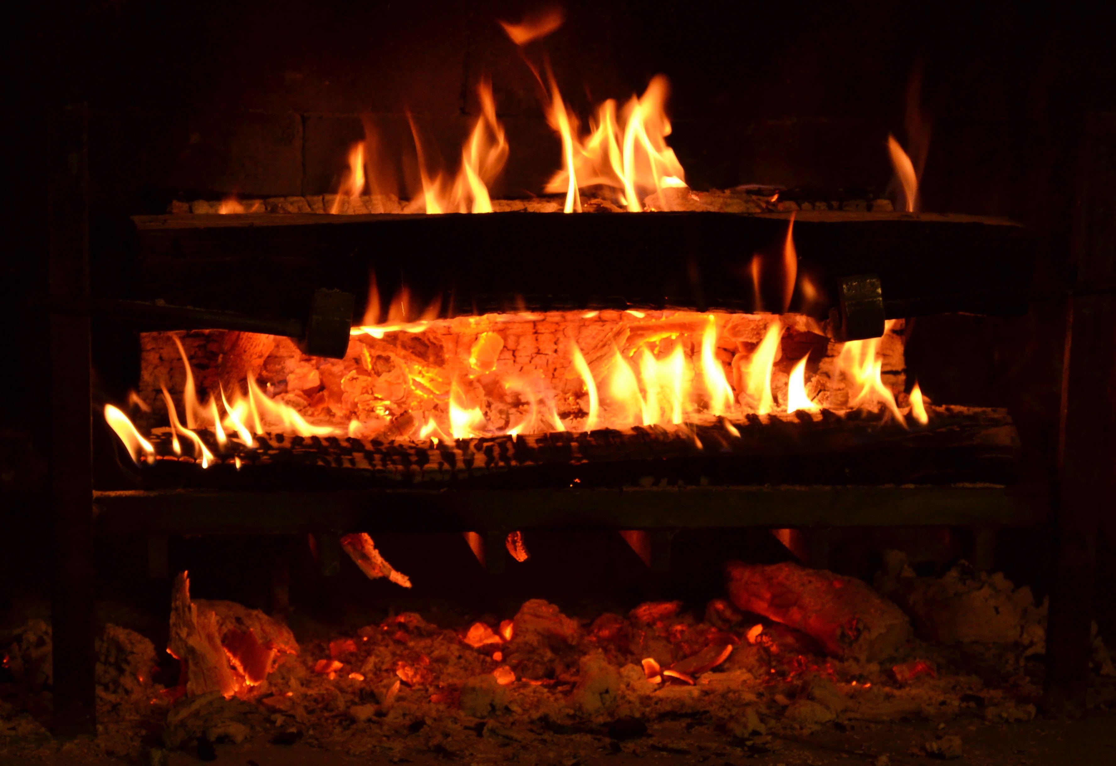a beautiful fireplace deserves a smarter fireplace grate the texas