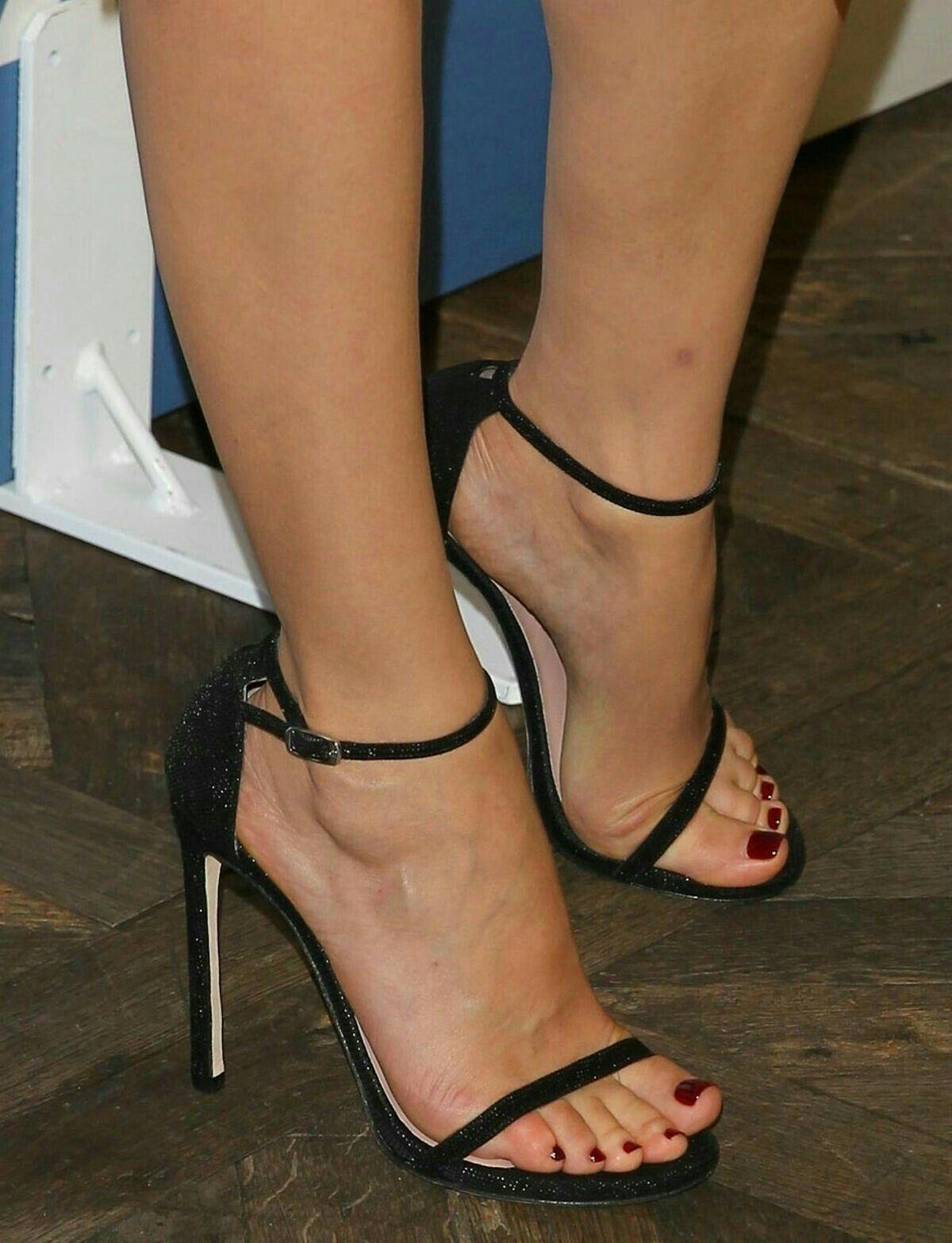 sexy!! #strappystilettoheels