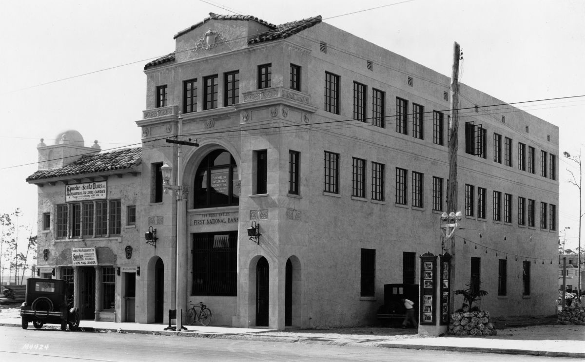 First National Bank Of Coral Gables In Coral Gables Florida 1926 Florida Memory Coral Gables Florida Old Florida