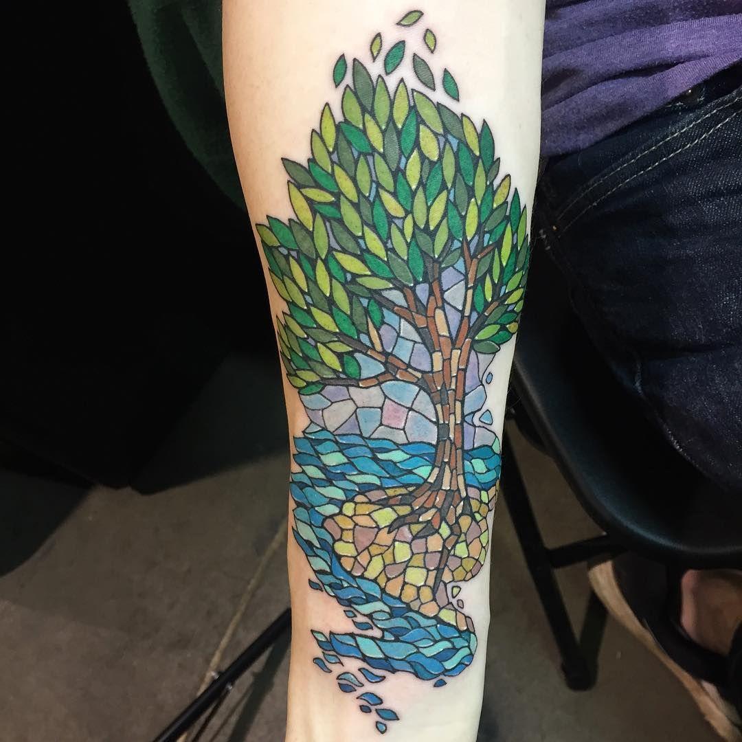 "Bridget Punsalang (@bridgetpunsalangtattoos) on Instagram: ""Mosaic style tree I did today at #philadelphiatattooartsconvention @villainarts"""