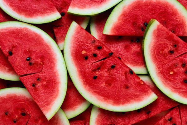 10 Kebaikan Buah Tembikai Buat Tubuh Anda | http://www.wom.my/kesihatan/petua-pemakanan/khasiat-buah-tembikai/
