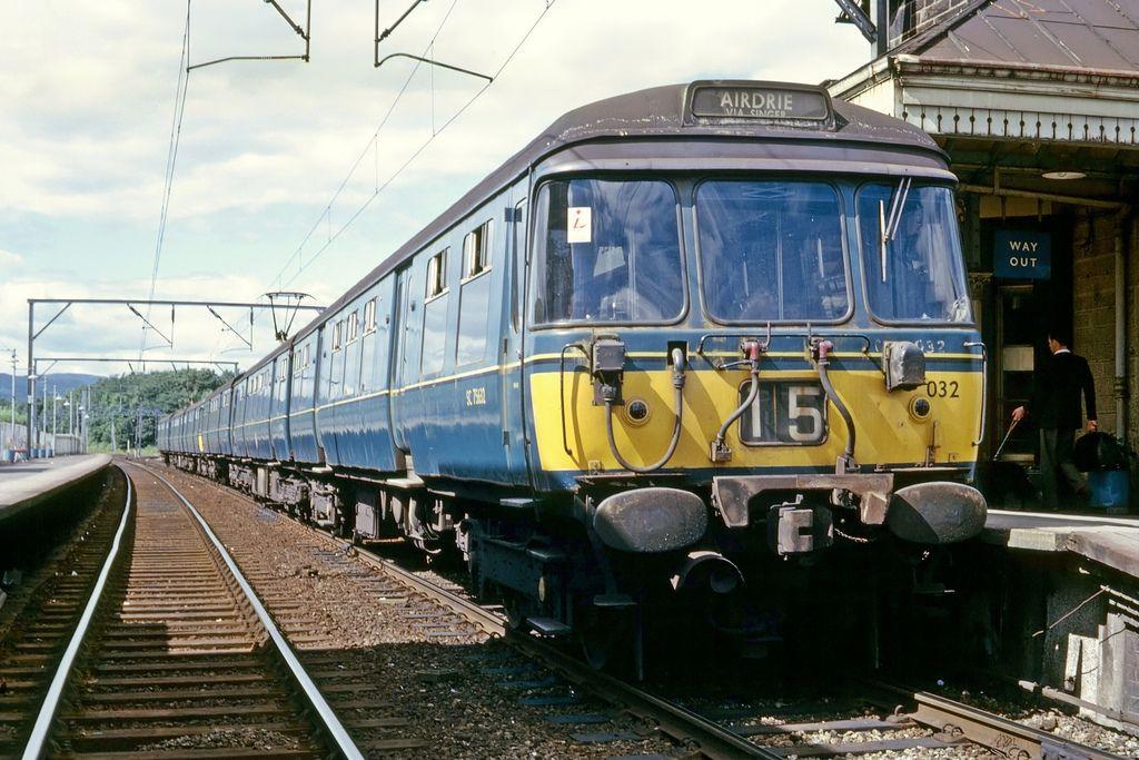 2ee3f5de65426eeafbf12cf342a5dc93 - Tinpot Railways: Terminal decline #2