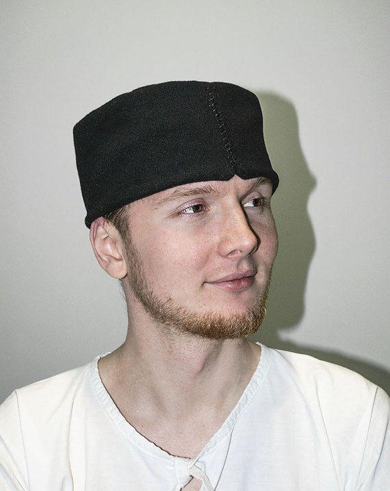 Bonnet en laine médiéval chapeau médiéval du XIIe siècle XIIIe Medieval Hats 5292c5e34ff