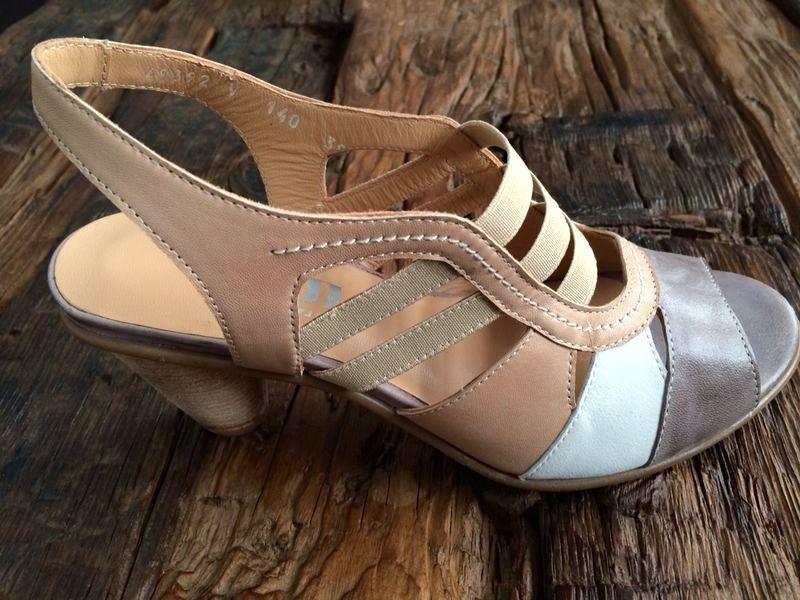 wholesale dealer f594e 3038b Vorschau bei @SCHUHPLUS - Schuhe in Übergrößen: Ausblick auf ...