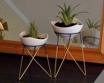 jeu de 2 supports pour plantes géométrique avec un petit pots de ...