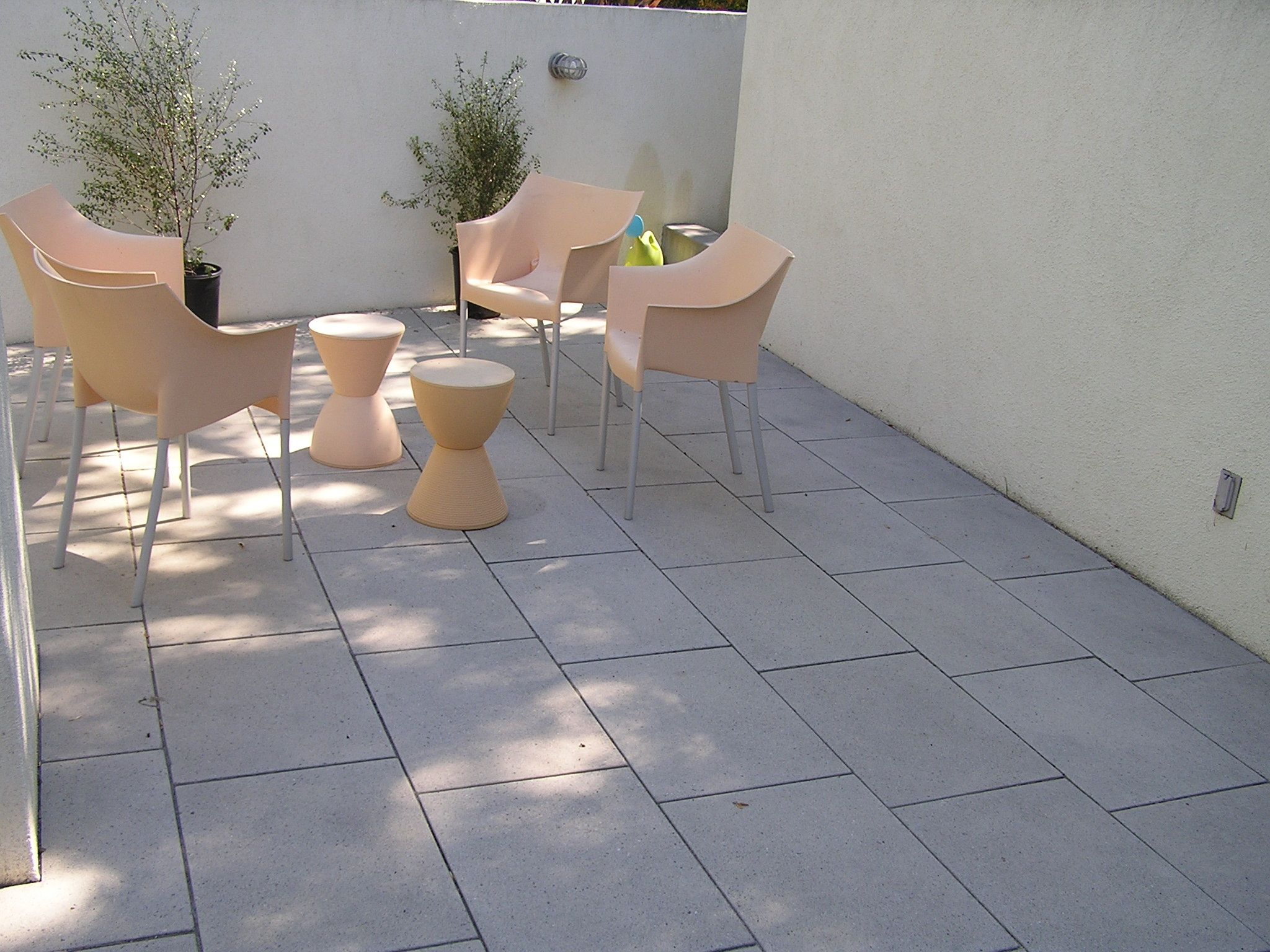 How To Make Simple Patio Ideas With Modern Furnishing ... on Simple Concrete Patio Designs id=66118