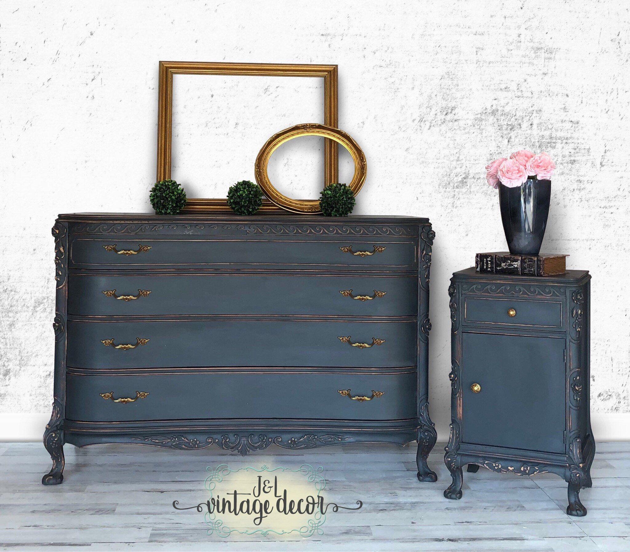 Sold Dresser And Nightstand Set Vintage Bedroom Furniture Hand Painted Bedroom Furniture Makeover Vintage Bedroom Furniture