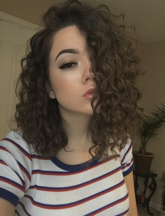 17 Best Hairstyles For Shoulder Length Curly Hair Shoulder Length Curly Hair Haircuts For Curly Hair Curly Hair Styles