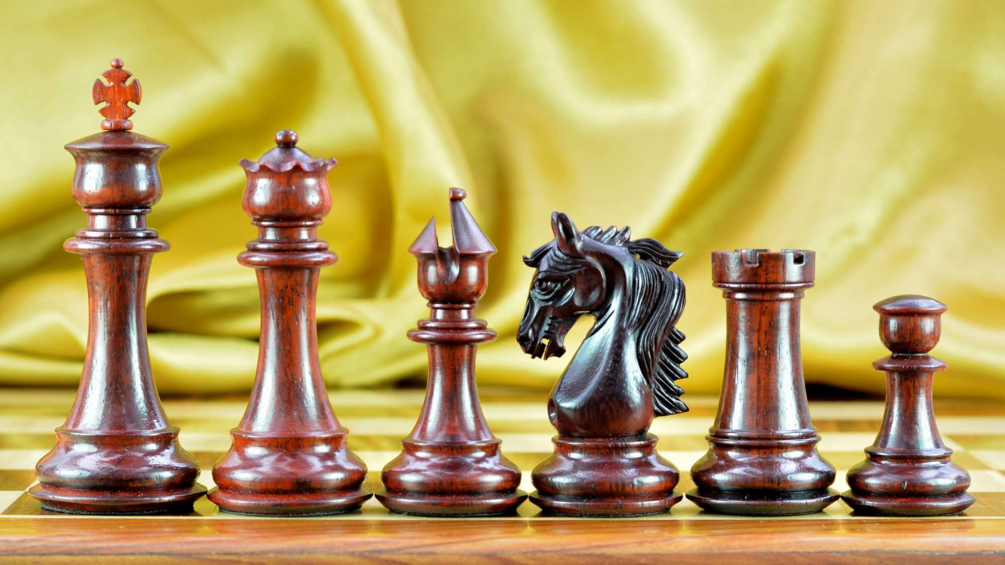 New Triple Weighted Staunton Chess Set Bud Rose Wood. http