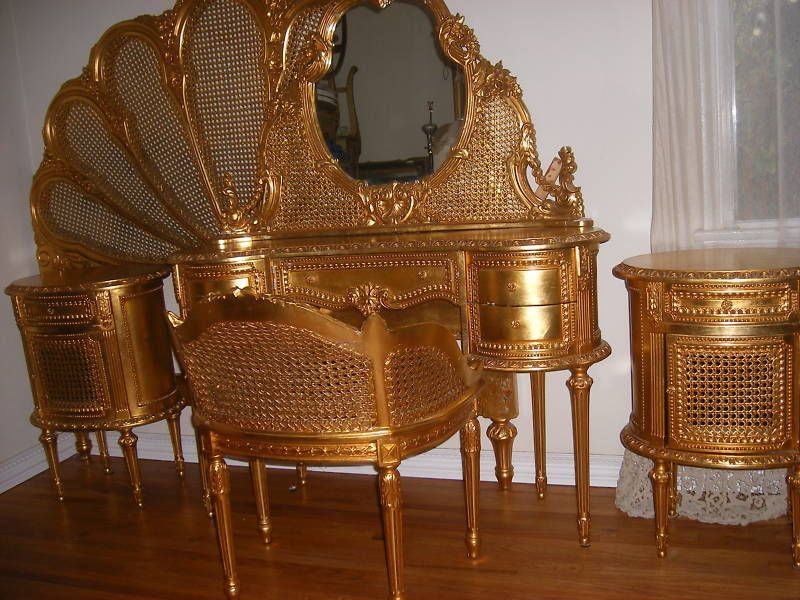 Antique French Louis XIV St Carved Caned Gilt Wood 5 Pc Bedroom Set