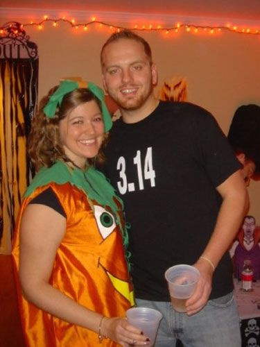 15 Hilarious Couples Costumes Halloween costumes, Costumes and