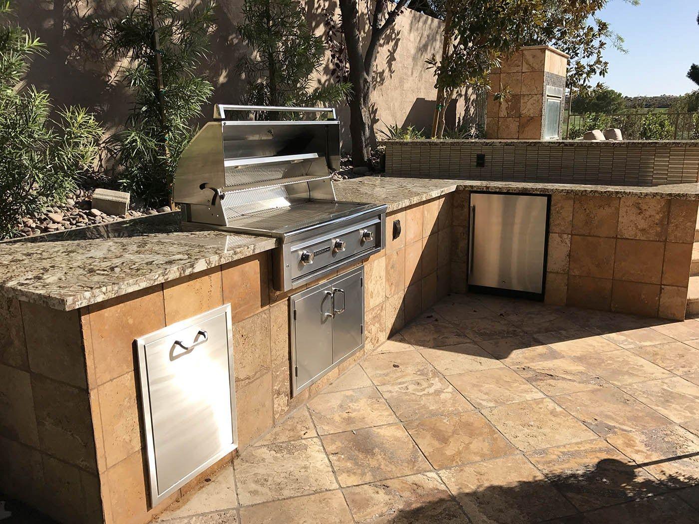 Custom Barbecue Island Design By Bbq Concepts Of Las Vegas Nevada Custom Outdoor Living Modern Outdoor Kitchen Outdoor Kitchen Living Area Design
