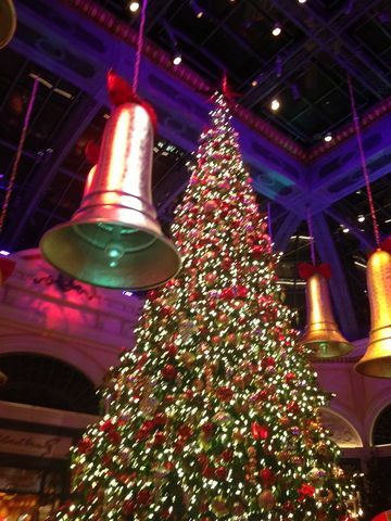 Here S Your List Of Holiday Happenings Kathi Yeager On Ktst Holiday List Fun Things To Do Holiday