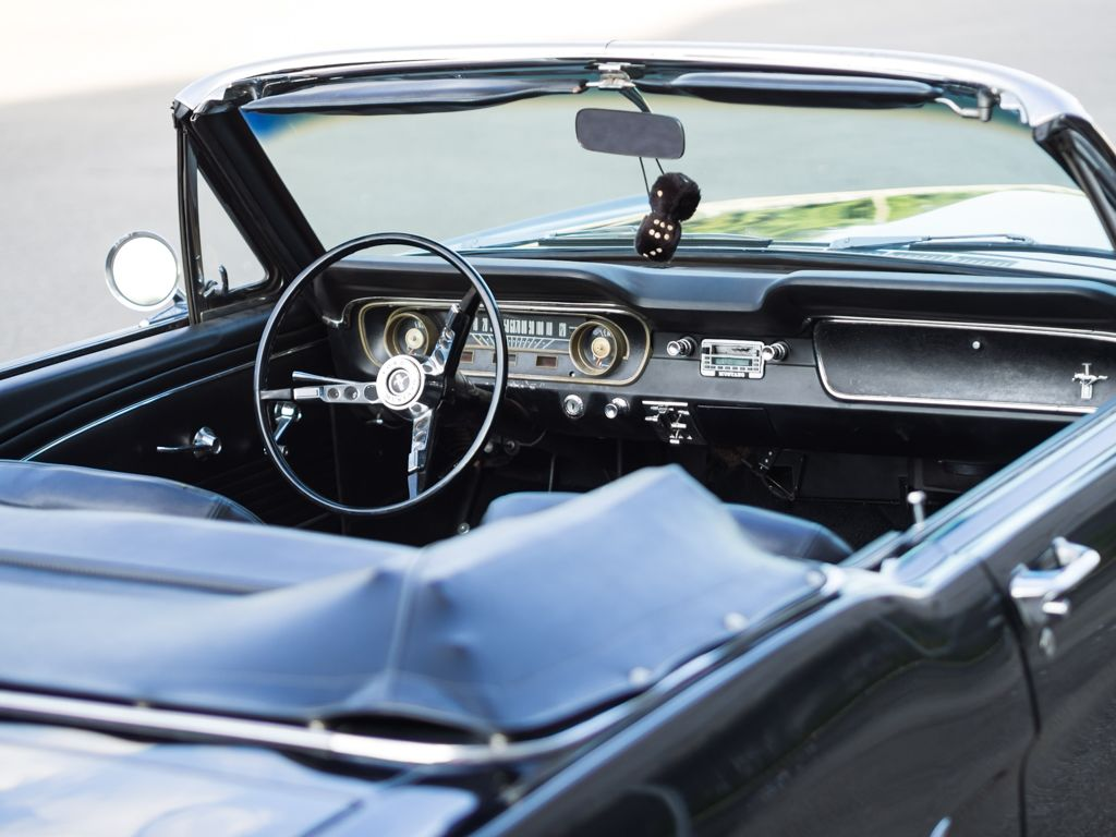hochzeitsauto ford mustang cabrio oldtimer dreamday. Black Bedroom Furniture Sets. Home Design Ideas