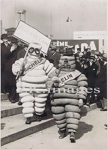 michelin pneu bonhomme publicit foire prague photo 1929 michelin man bibendum pinterest. Black Bedroom Furniture Sets. Home Design Ideas