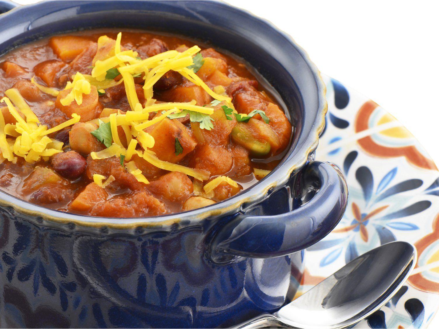 Chili De Tofu Epice A La Mangue Recipe Slow Cooker Vegetarian Chili Recipes Sweet Potato Chili Vegetarian