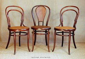 3 Chaises Bistrot Modeles N 14 Et N 44 De Fischel Epoque Thonet Bentwood Chairs Chair Dining Chairs