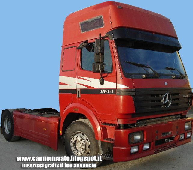 Camion usati e mezzi industriali mercedes benz 18 44 sk for Camion hospitality usati