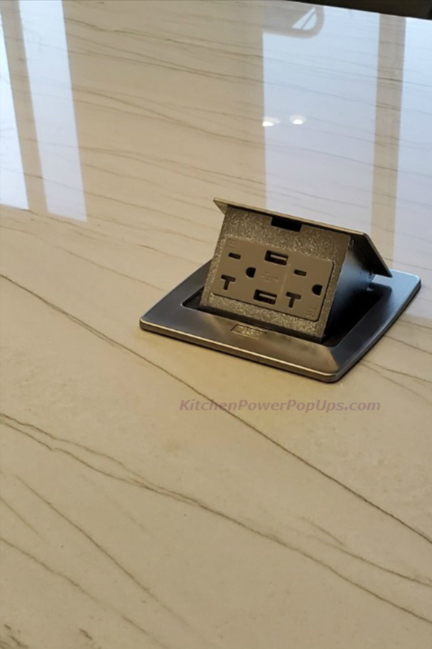 Countertop Outlet With Usb Charging In 2020 Gfci Kitchen Countertops Countertops