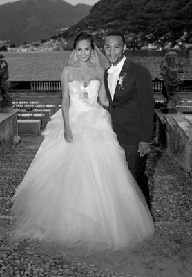 John Legend And Chrissy Teigen Wedding With Images Chrissy