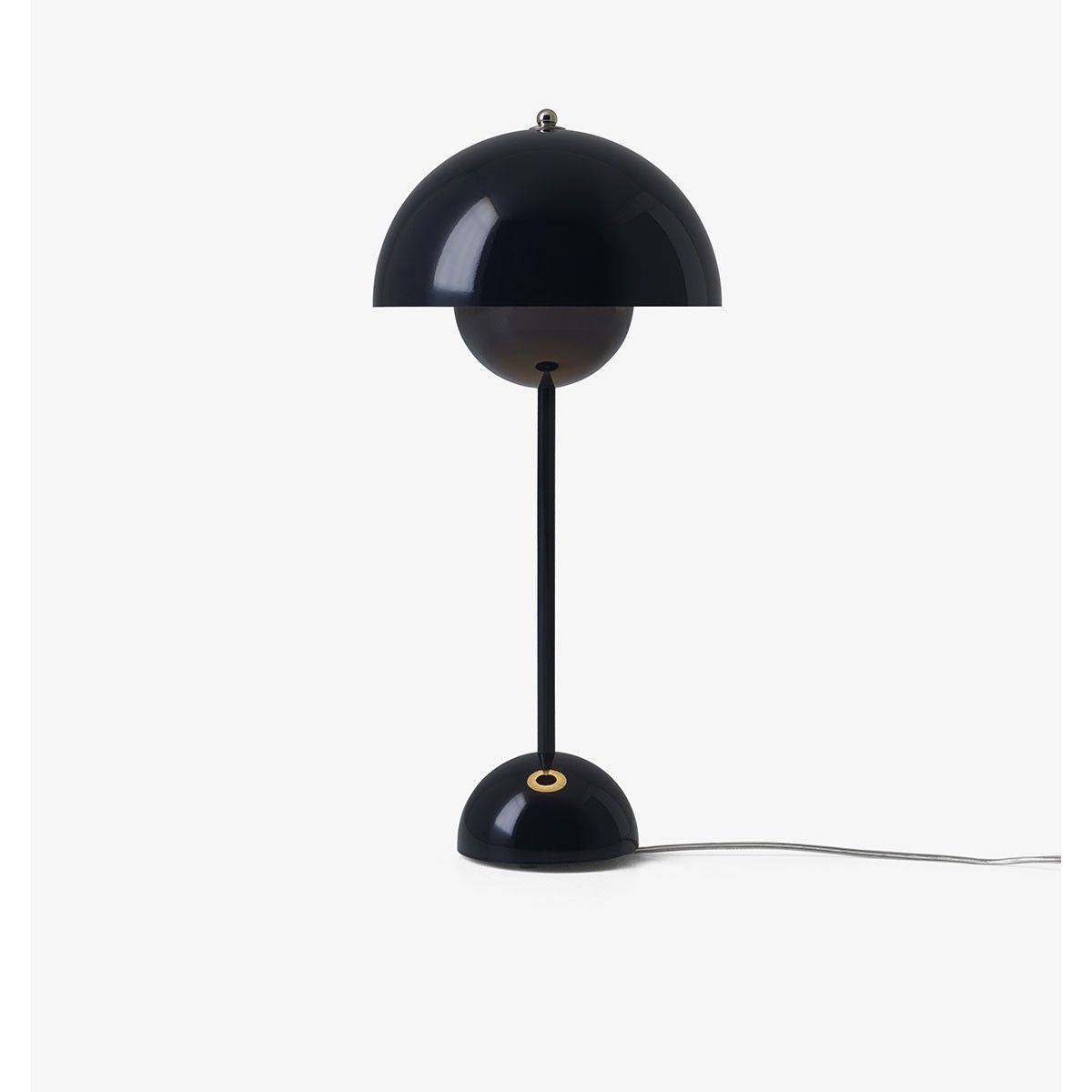 Lampe A Poser Flowerpot Bleu Noir By Verner Panton And Tradition Lamp Flower Pots Verner Panton