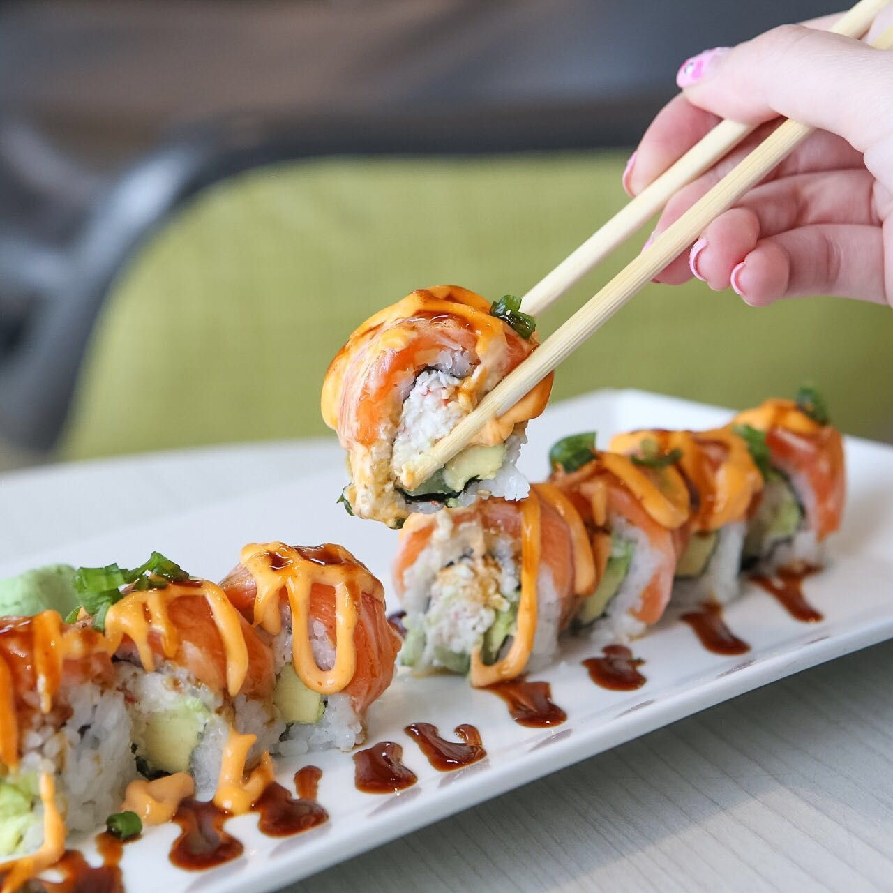 Treat yourself to delicious sushi and Japanese cuisine at @Chaya Restaurant. Have a bite of the Alaska roll filled with smoked salmon, crab mix, rice, and nori. Compliment it with a cold sake. Catch your yummy meal in the new Tom Bradley International Terminal (TBIT). #LAXEats [PIC] @hangrydiary #losangeles #food #LAX