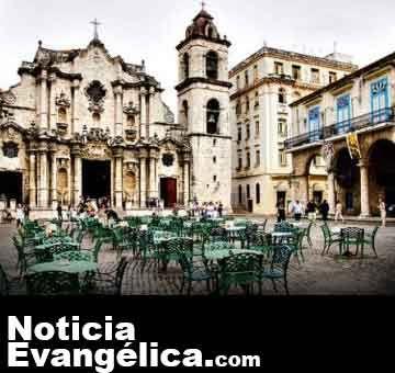 Gobierno de Cuba no prohibirá más la distribución de la Biblia