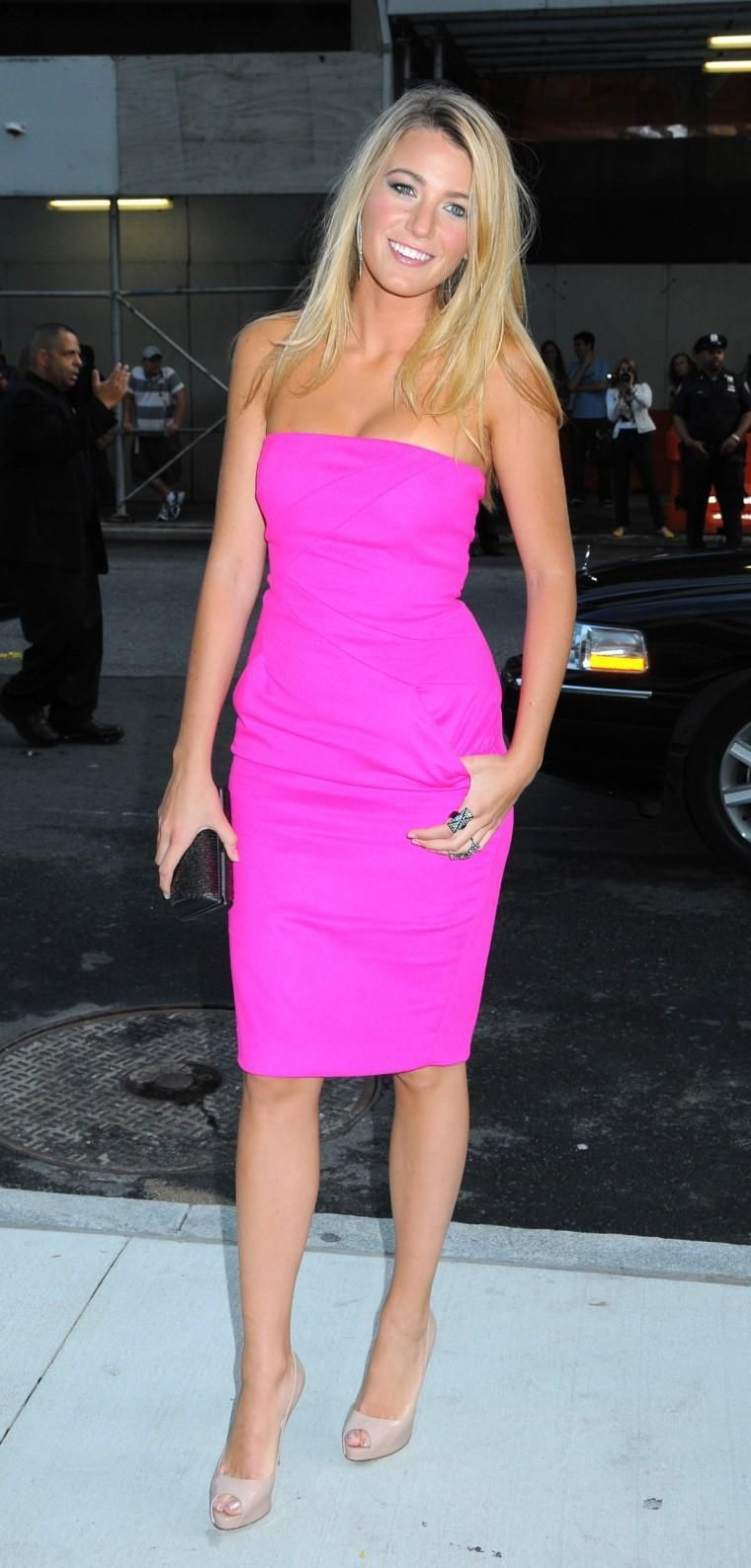 hot pink dress + nude shoes | Looks I Love | Pinterest | Vestidos de ...