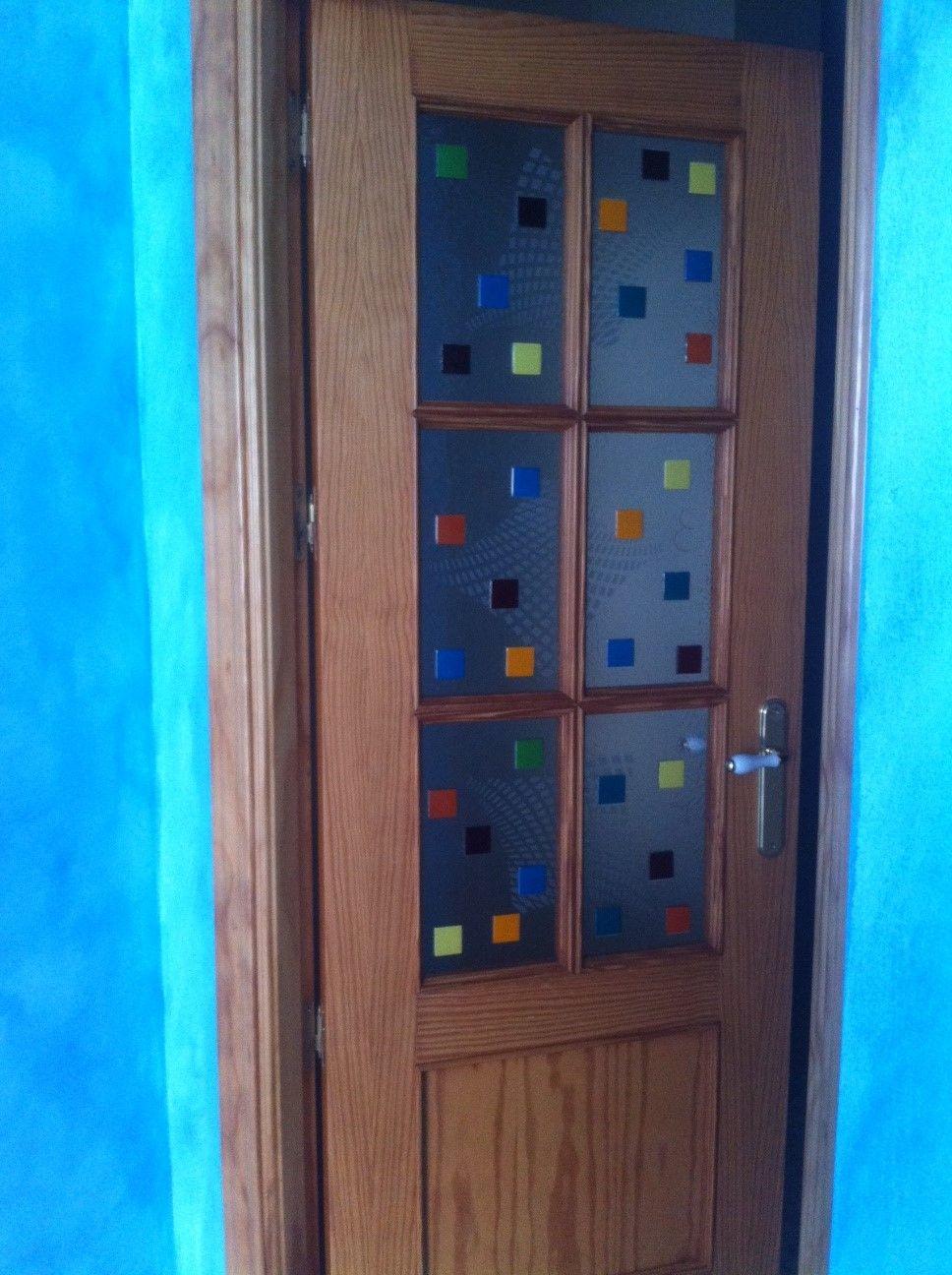 Cristales decorados en puerta de paso etxea puertas - Cristales decorados para puertas ...