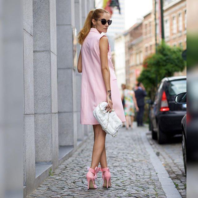 Chic pink  #pink #aboutalook #fashiondiaries #todaysoutfit #fashionpost #outfitpost #fashiongram #fashiondiaries #style #styling #stylish #look #lookbook #love #beautiful #chic by ruxandraioana