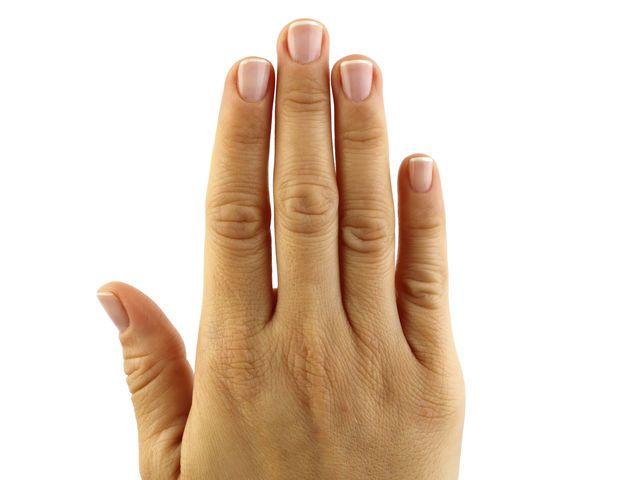 жил страшное указательный и безымянный палец фото рабочий