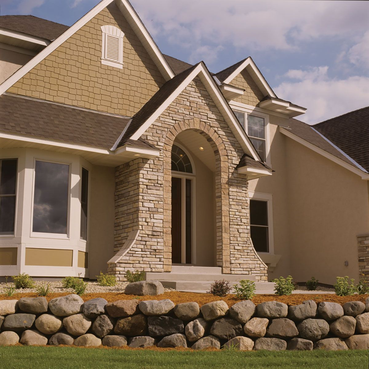 Prairie Bluff Is An Exceptional New Stone Which Blends Several