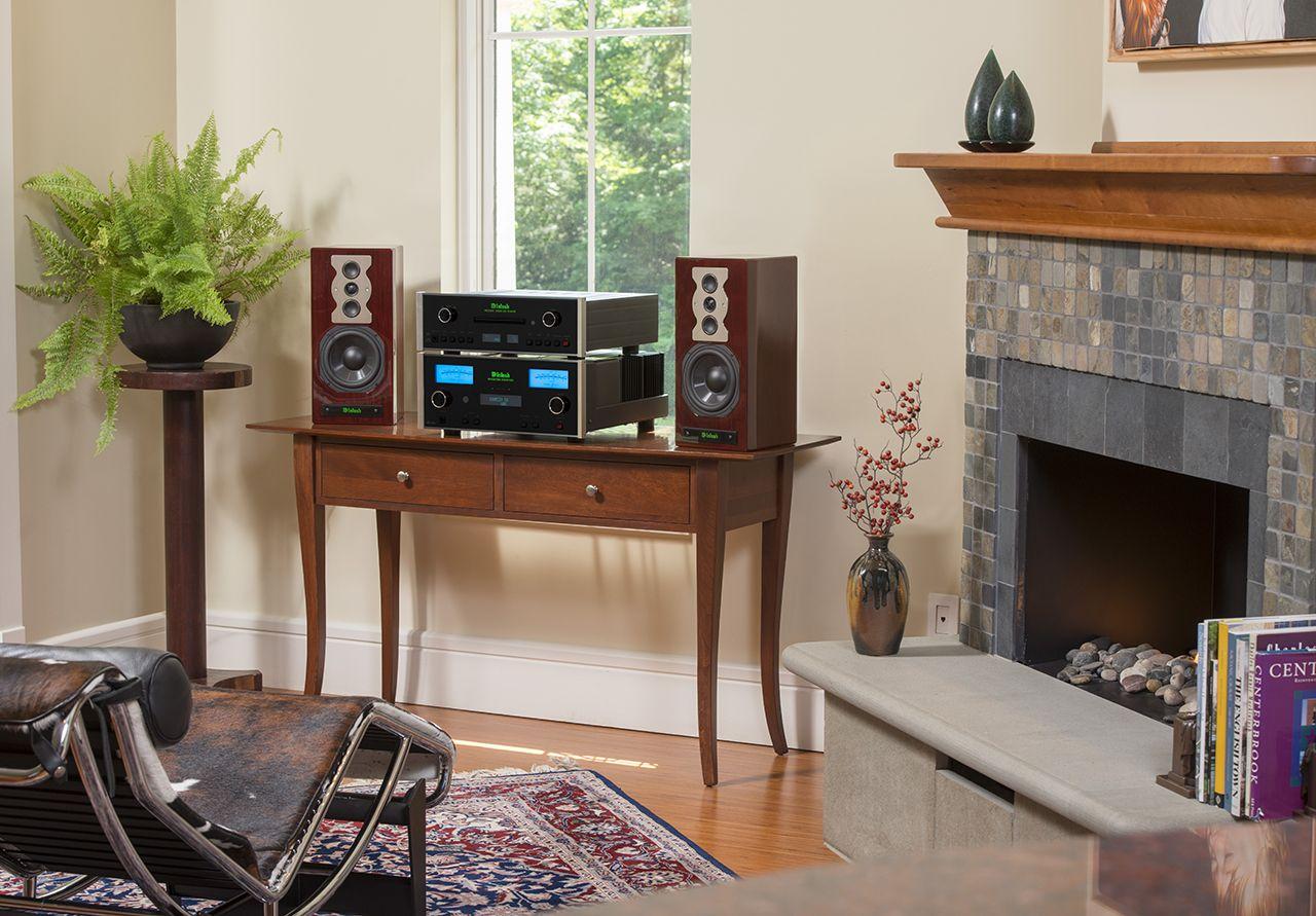 McIntosh SoHo III Music System 200 Watt Stereo Receiver SACD CD Disc Player Bookshelf Speakers