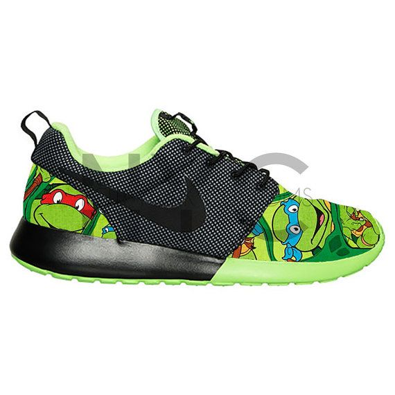 best service b2e82 84f31 Teenage Mutant Ninja Turtles Nike Roshe Run Black by NYCustoms Magasin Nike,  Chaussures De Mode