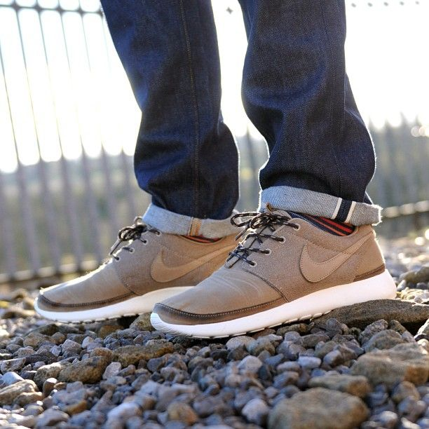 nike roshe run suede mens dress
