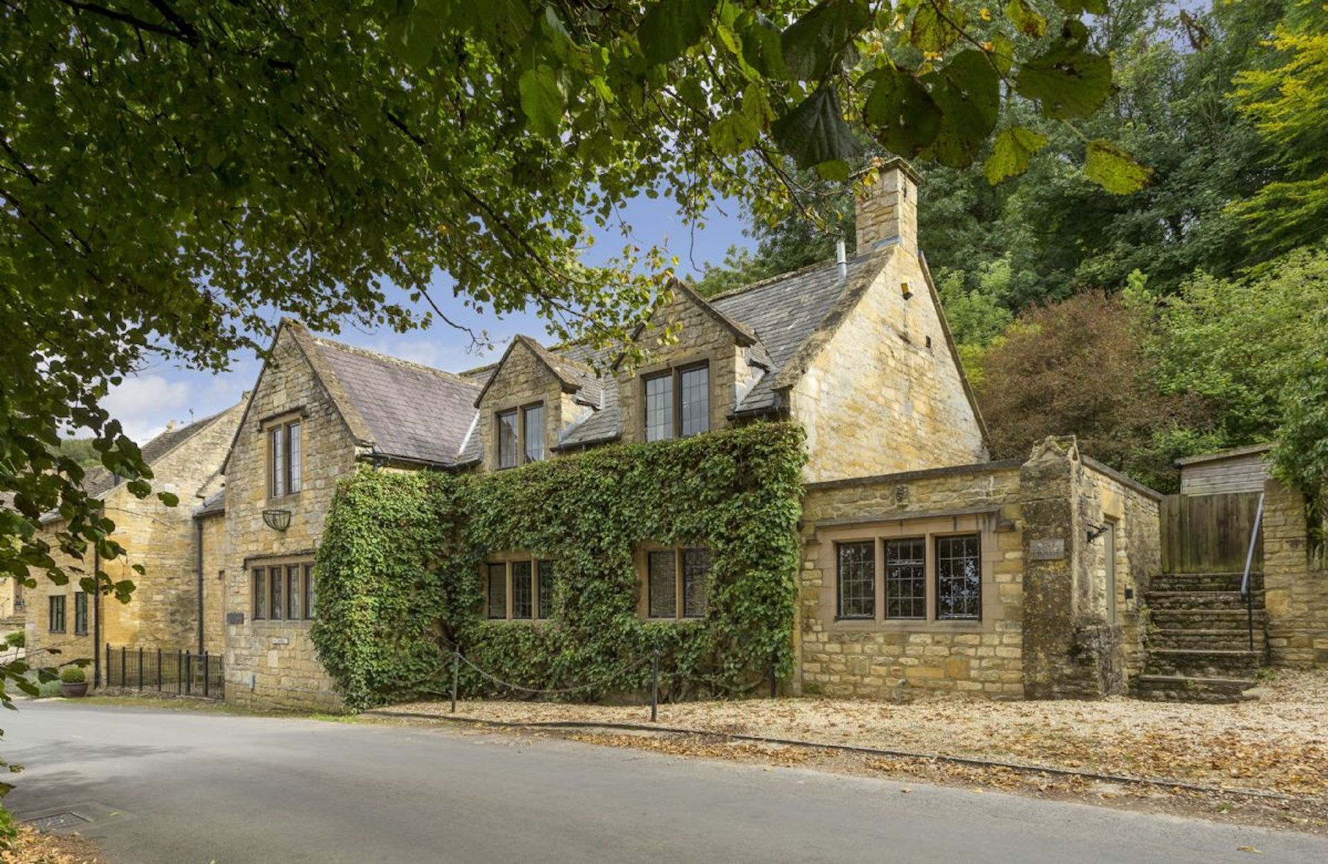 Oat House A Cotswold Country Cottage In 2020 Country Cottage Cotswolds Cottage Cottage