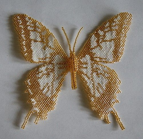 Beaded Butterfly from Animaux Passion http://animaux-passions.over-blog.com/