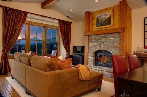 Dog Friendly Hotels In Mammoth Lakes Ca Snowcreek Resort Travel