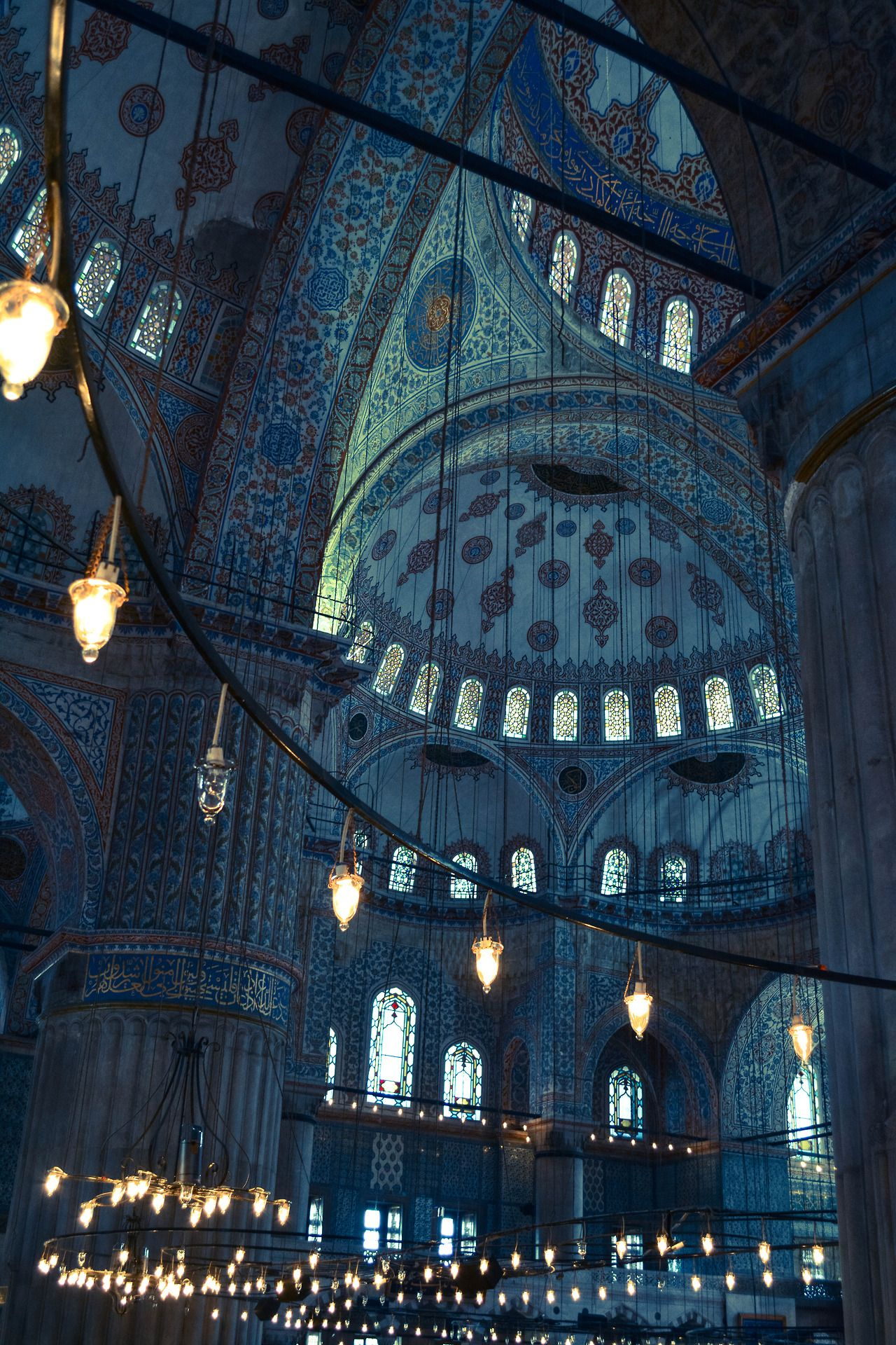 Sultan Ahmed Mosque (Blue Mosque) in Istanbul, Turkey. #beautifularchitecture