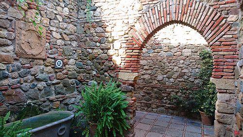 Puerta de los cuartos de granada desde el interior fuente - Puertas interior malaga ...