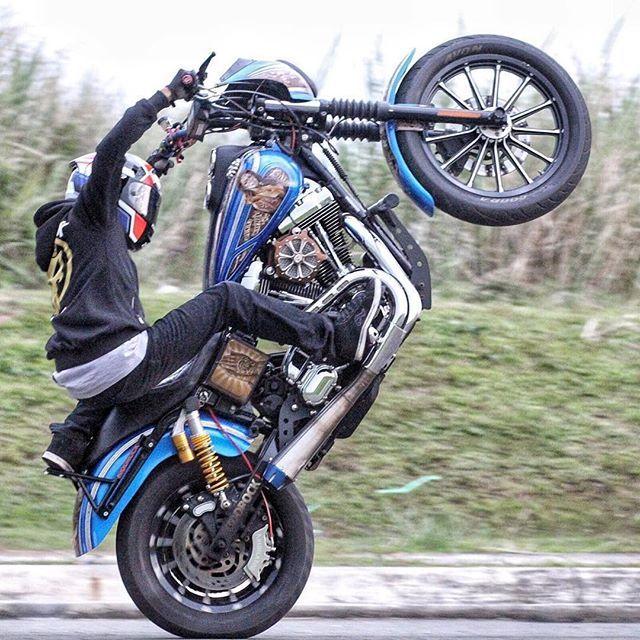 stuntrock_indonesia Whellie day       #fz16 #yamaha #kawasaki #honda