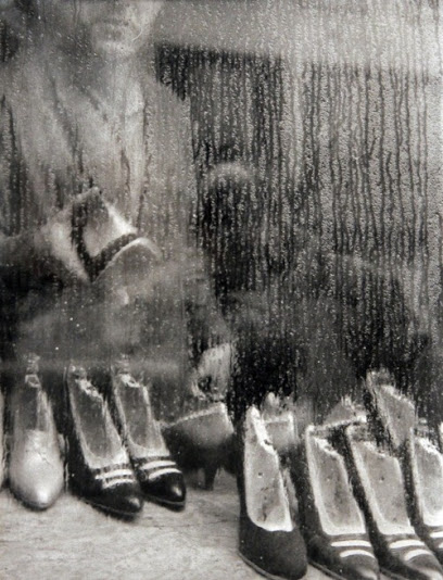 Paris - 1955 - Photo by Sabine Weiss (Swiss, b. 1924) - @~ Mlle