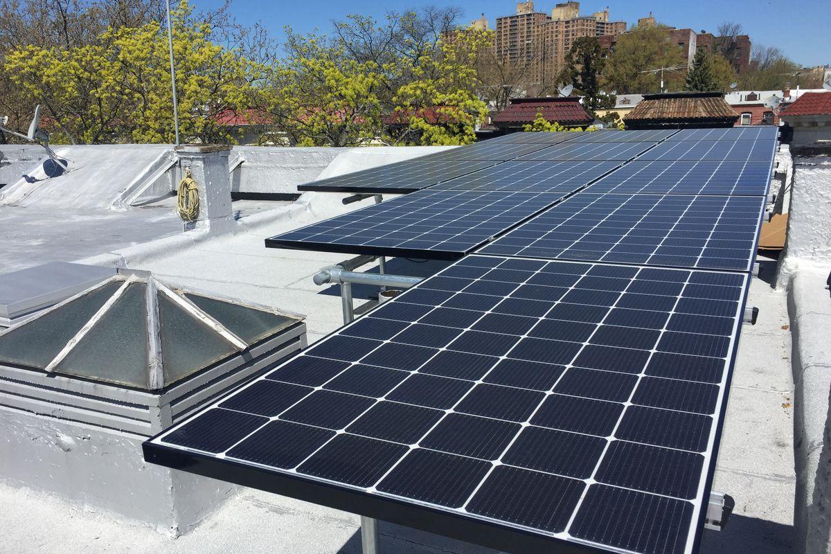 Residential Solar Supplier Deer Park Tx In 2020 Solar Panels Solar Panels Roof Solar Energy Panels