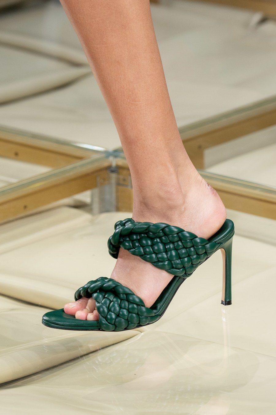 Bottega Veneta Spring 2020 Ready-to-Wear Fashion Show ...