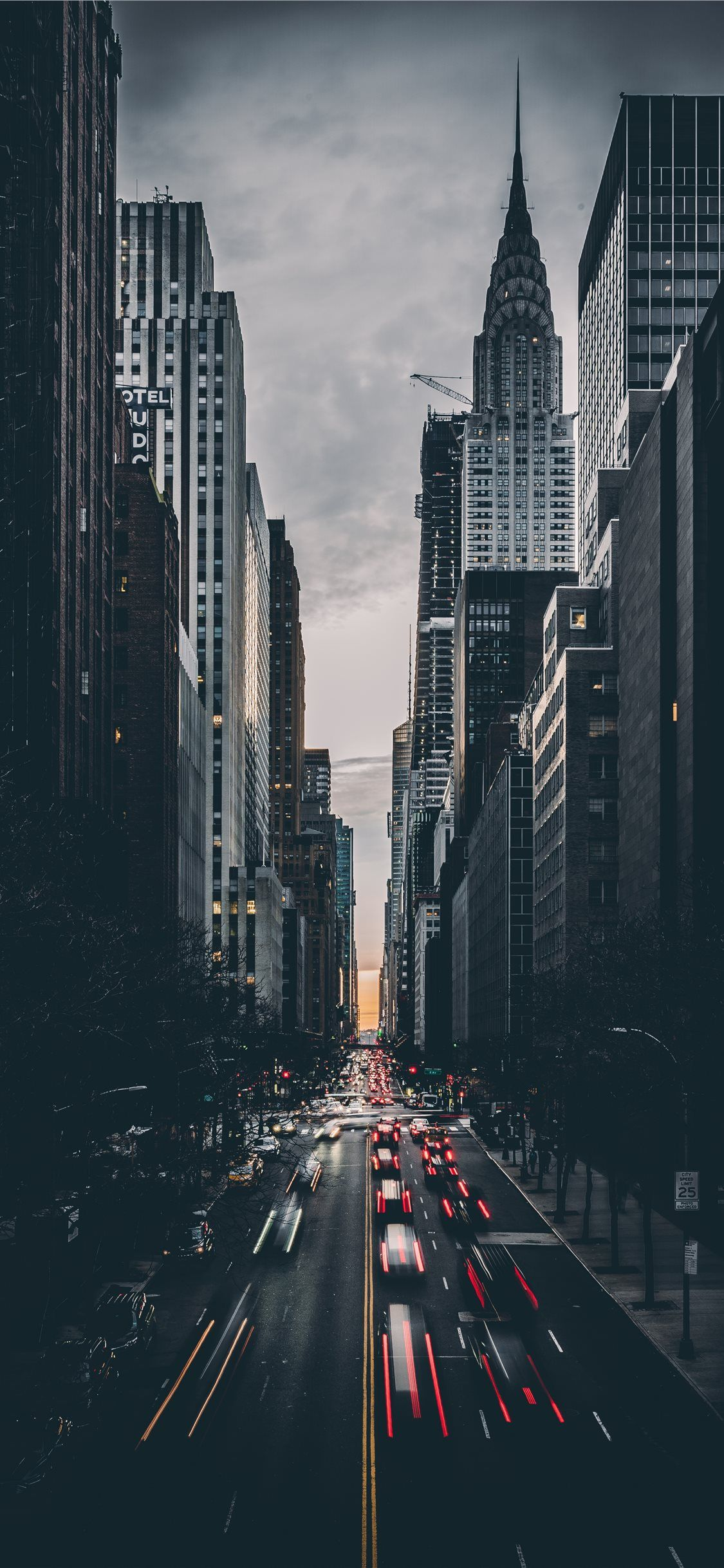 Tudor City New York United States iPhone X Wallpapers