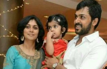 Latest pic of Actor #Karthi With his wife Ranjini & Daughter