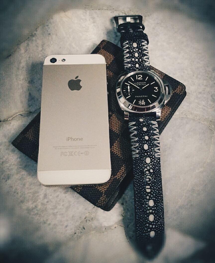 Ready Stock Stingray Straps - Proudly Crafted in Indonesia  info@mrhanz.com|6281311000909|www.mrhanz.com  #stingraystrap #mrhanz #customstrap #exoticstrap #leatherstrap #handmade #proudlycraftedinindonesia #watchoftheday #watchmania #wristcandy #wristshot #watchaholic #paneristi #indoristi #rolex #panerai #sevenfriday #omega #seiko #tudor #tagheuer #sevenfridayaholic #sevenfriday_jakarta #pam366 #louisvuitton #daimer #iphone #apple by mrhanzdotcom