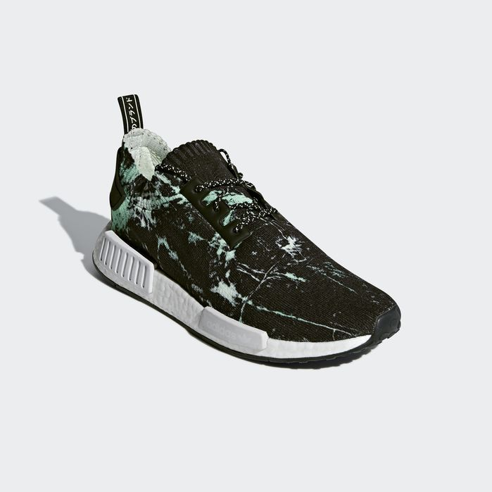 c9194a4a7071 NMD R1 Primeknit Shoes Black 4 Mens
