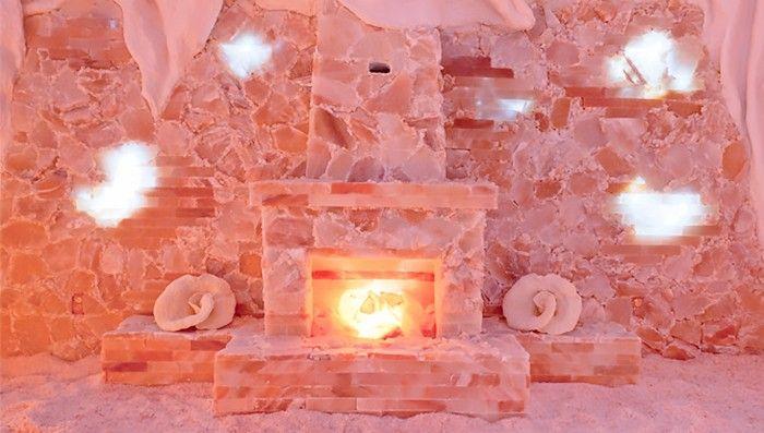 I Went Inside A Salt Cave Here S What Happened Salt Cave Salt Room Himalayan Salt Cave