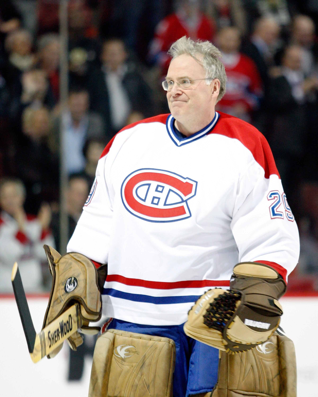может быть легенды канадского хоккея список с фото трахнул сексуальную женщину-робота